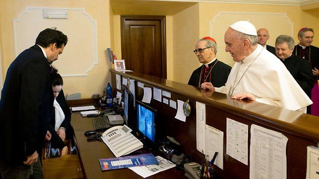 769120-vatican-pope