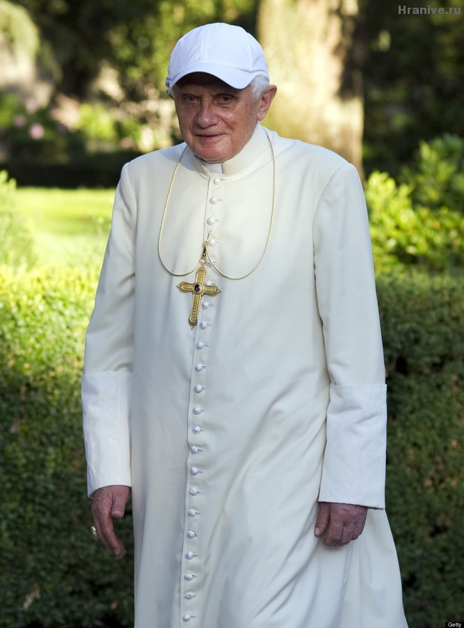 POPE-BASEBALL-HAT