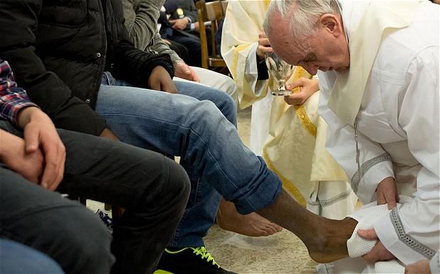 Pope-Feet-1_2522629b