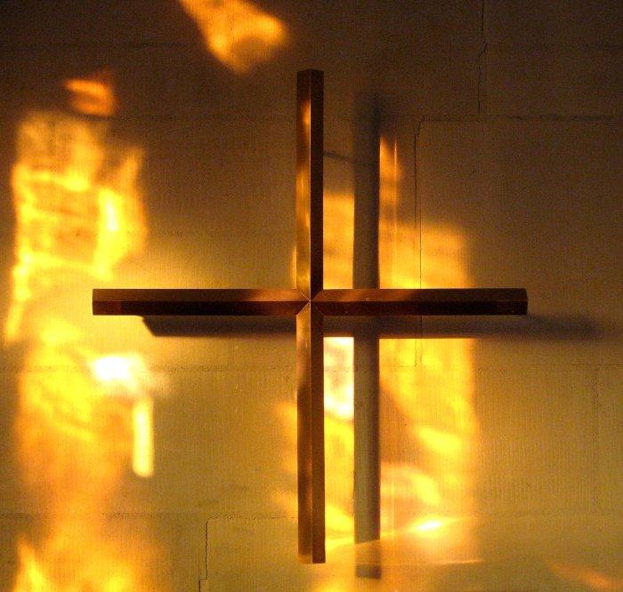 By the Cross her vigilkeeping