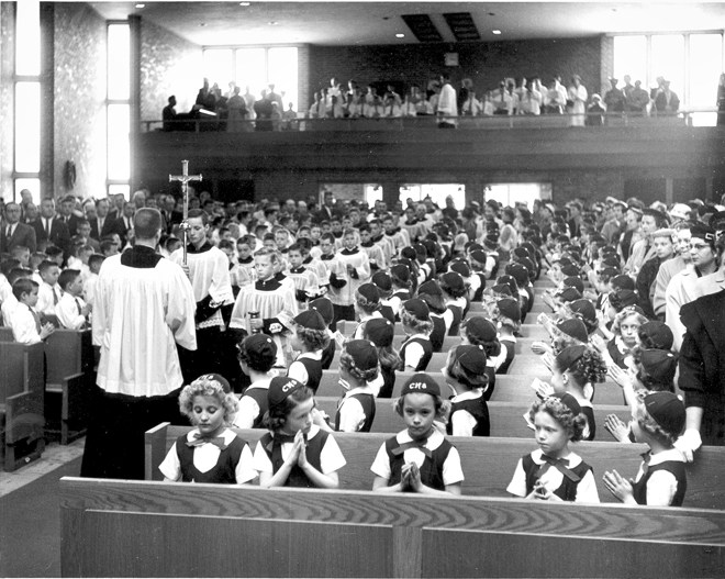 0517_ChristTheKing-MassKids1950s