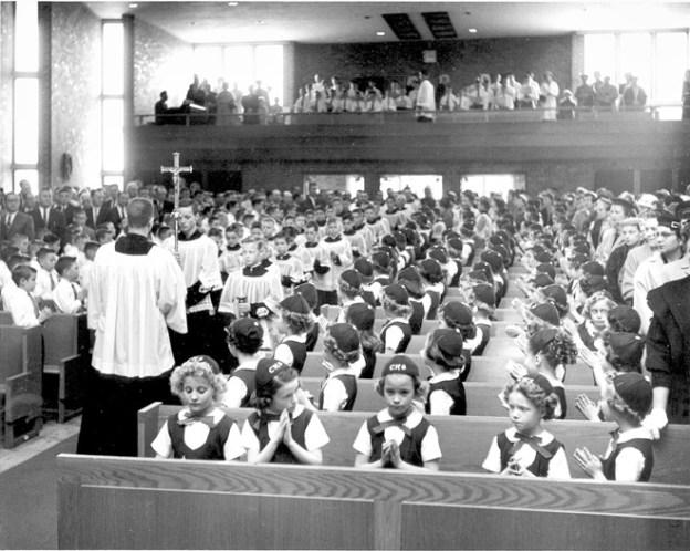 0517_ChristTheKing-MassKids1950s